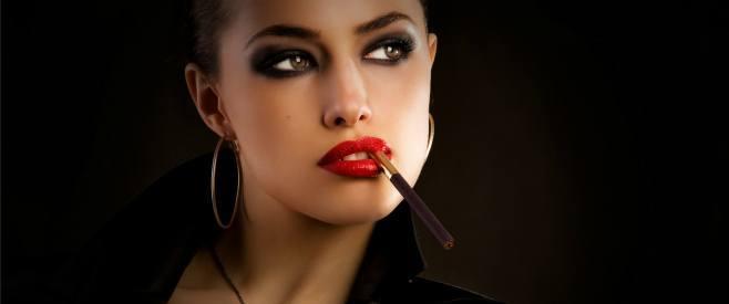 喫煙女性は印象が悪い?マナーのあるステキ喫煙女子になる方法のイメージ画像